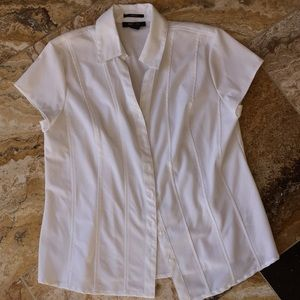 Style & Co Shortsleeve Vneck/button/stretch/collar